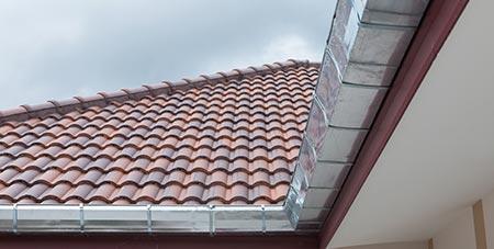 aluminium dakgoten in Kortrijk